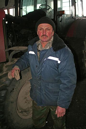 "Механізатар, ён жа і слесар ААТ ""Агра-Слабада"" Аляксей Амельчанка"